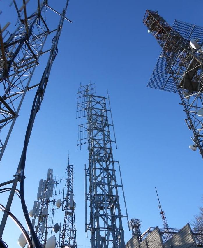 antenne FM e UHF Montevergine Salerno 1 - DTT. Liberazione frequenze 700 MHz. Alle tv locali 291 mln di euro di indennizzi