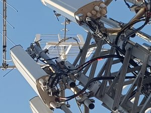 dettaglio antenne 300x225 - Tlc, 5g e Beyond - B5G. ZTE, Cina scommette su Italia per innovazione e formazione