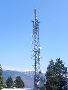 antenne tv schio 225x300 - Tv. Sono 427 i canali DTT e sat ricevibili a livello nazionale. Sono prodotti da 118 editori di cui solo 71 italiani