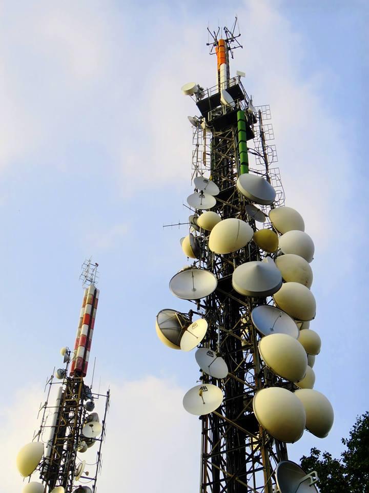 antenne vari tralicci 2 - Radio e Tv. La sindrome di Stendhal degli appassionati di tralicci ed antenne