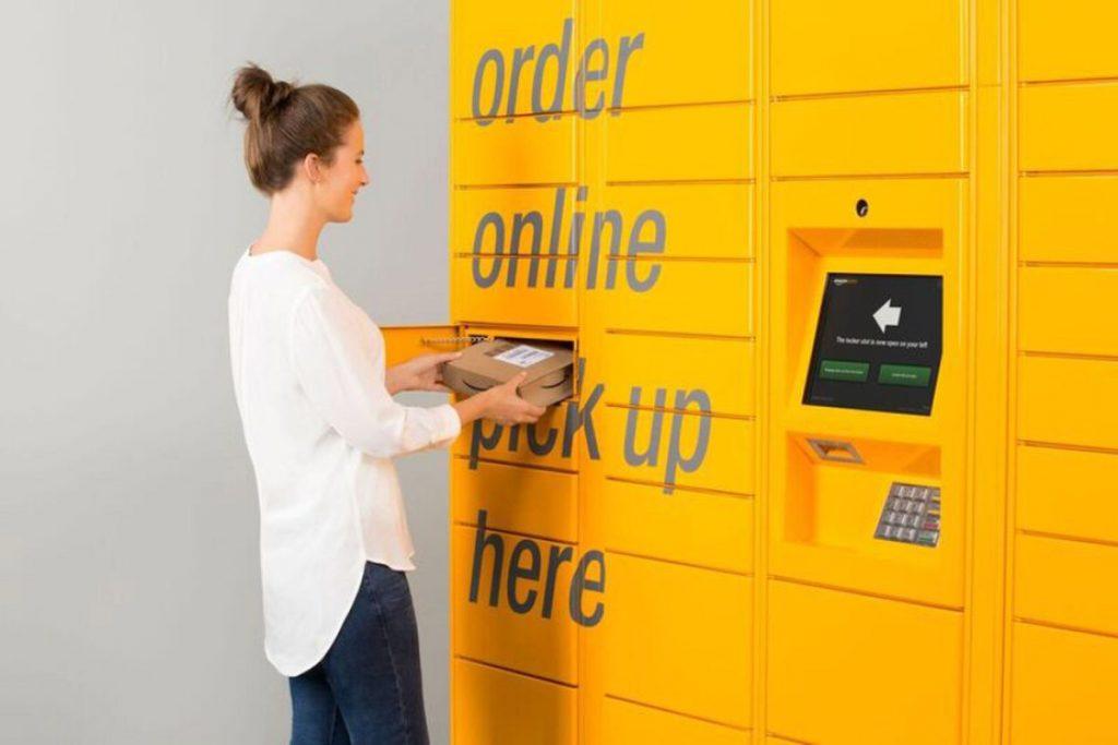 """Amazon Locker 1024x683 - Online. Agcom diffida Amazon a regolarizzare la posizione per svolgere attività di """"servizi postali"""""""