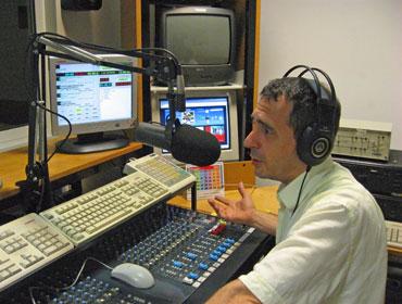 Blu Radio Veneto francesco galante - Radio locali. La crisi delle emittenti cattoliche. Utenza indifferente, piattaforma FM inidonea. Si chiude o si cambia (veicolo)