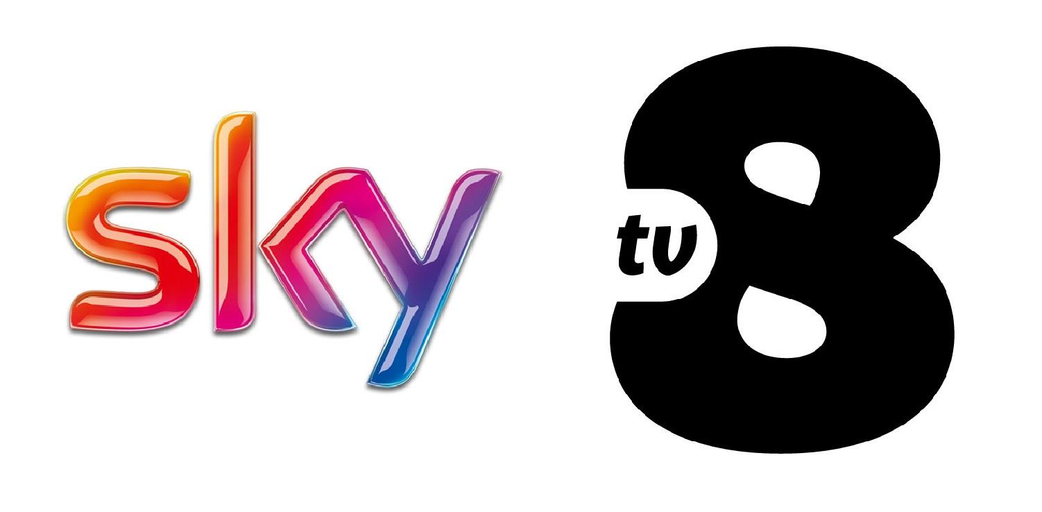 tv8 logo - Tv. Sky Italia sistema i conti con la vendita di contenuti propri, Tv8 migliora ma per i conti ha ancora tanta strada