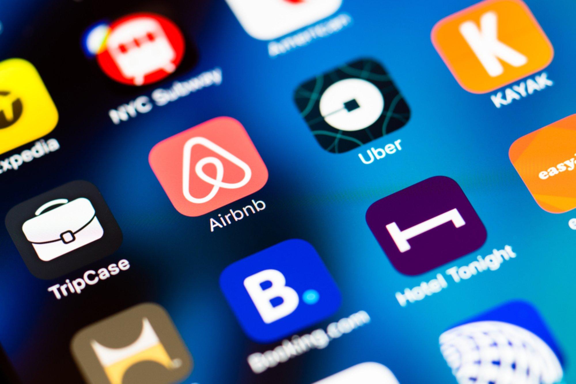 Multisided - Radio 4.0. Agcom: business radiofonia nel web è nel multi-sided. Analogie con modello di business FM, ma competizione commerciale con attori IP