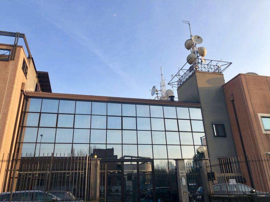 Otto FM sede esterna 1024x768 - Radio. Bene la raccolta anche a gennaio 2018. Amorese (FCP): segno che la radio si adatta bene ai cambiamenti strutturali in corso tra i media