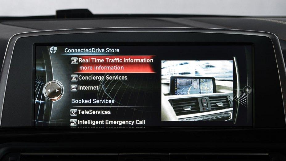 bmw dashboard - Radio 4.0. Esperti al CES Las Vegas: Radio potrebbe finire ostaggio delle case automobilistiche