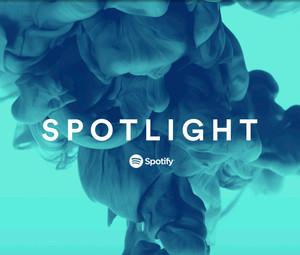 spotlight 2 - Radio 4.0. Spotify lancia l'app Spotlight: il gigante dello streaming sfida (ancora) la radio (anche sul visual)