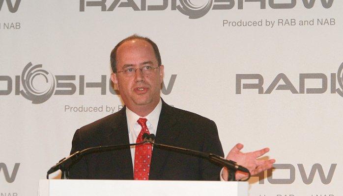 Larry Rosin - Radio 4.0. Negli USA nel 2008 solo il 6% dei 18-34enni non aveva un ricevitore FM/AM. Oggi è quasi il contrario. Ma gli smart speaker compensano