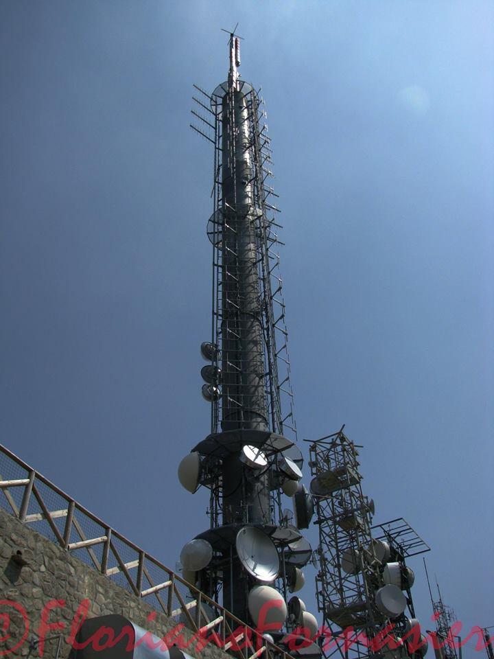 antenne FM UHF palo Monte Cero PD - DTT. Affaire Persidera, colpo di scena: dopo proposta F2i-RAI (rifiutata) altra offerta da 300 mln di euro (aspettativa di TIM e GEDI è di 350)