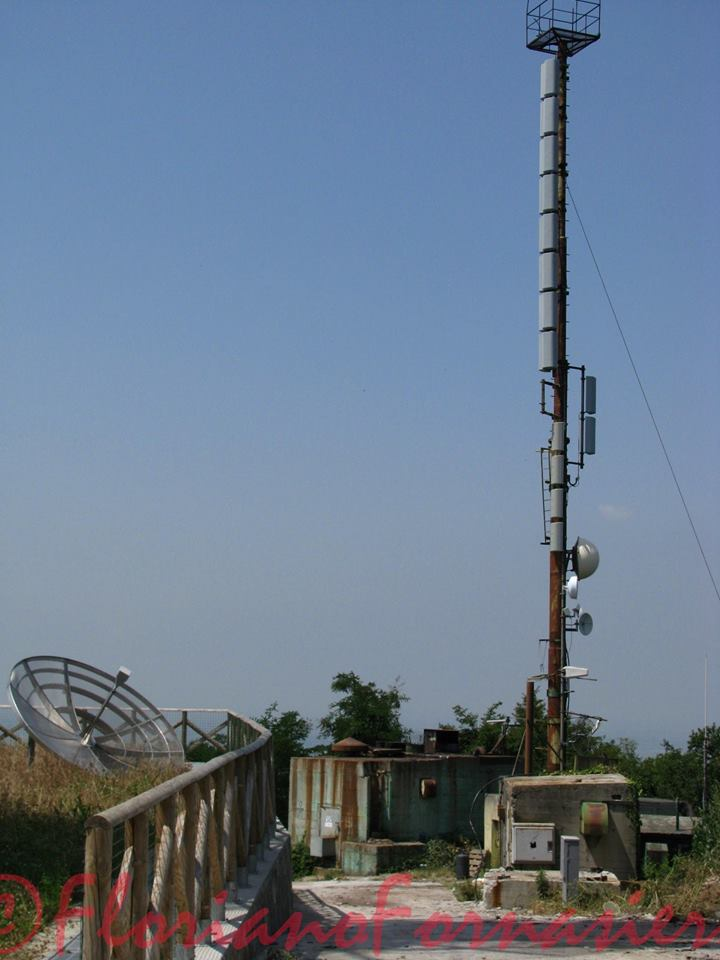 antenne UHF palo - DTT. Affaire Persidera, colpo di scena: dopo proposta F2i-RAI (rifiutata) altra offerta da 300 mln di euro (aspettativa di TIM e GEDI è di 350)