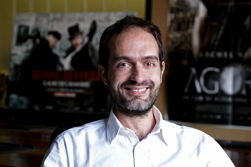 Lorenzo Ferrari Ardicini - Tecnologia. Dopo vinile contro file, Dvd vs Svod: 4k riscatta supporto fisico e ne rianima mercato