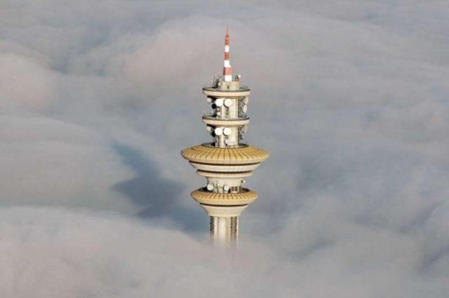 Torre Telecom Rozzano, TIM, fibra, lte, mobile, elliot