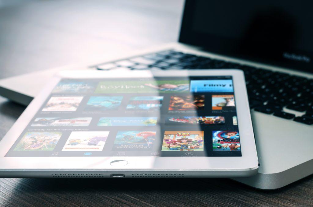 Svod via laptop o tablet