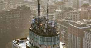 piano, roadmap, liberazione bamda 700 MHz, grattacielo breda milano, antenne