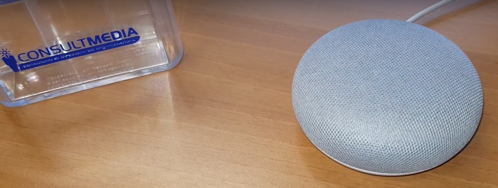 smart speaker google home - Radio 4.0. Si sposta nel tempo l'arrivo di Fiona e Aloha, gli smart speaker social di Facebook, ancora stordito dallo scandalo di Cambridge Analyctica