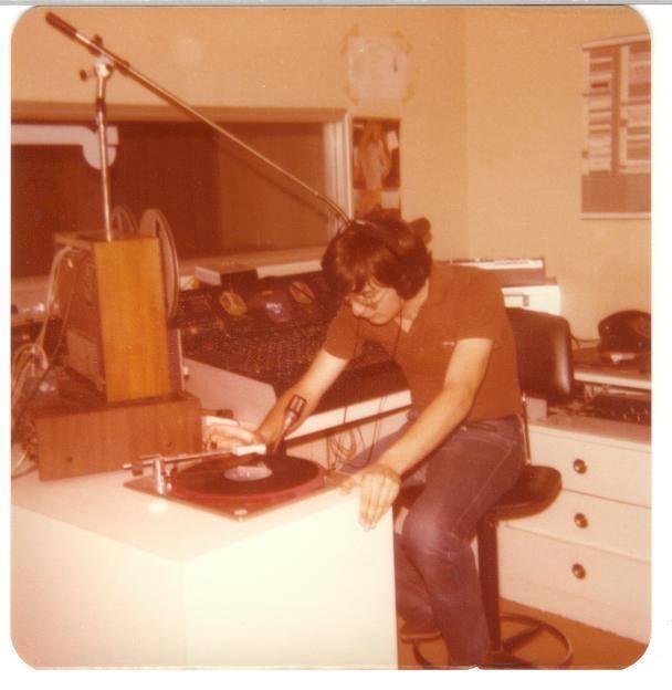 Radio MIlano Ticinese - Radio. Altri tempi: non è tutto oro quello che luccica. L'incubo delle piastre a cassette nell'epoca pionieristica