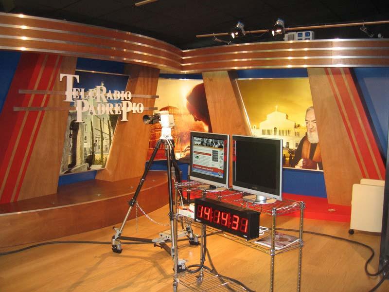 Tele Radio Padre Pio - Radio Tv 4.0. Il fenomeno visual radio impone una nuova esigenza: studi radiofonici per impiego tv perche' anche l'occhio dell'utente vuole la sua parte. Intervista a Pino Stillitano