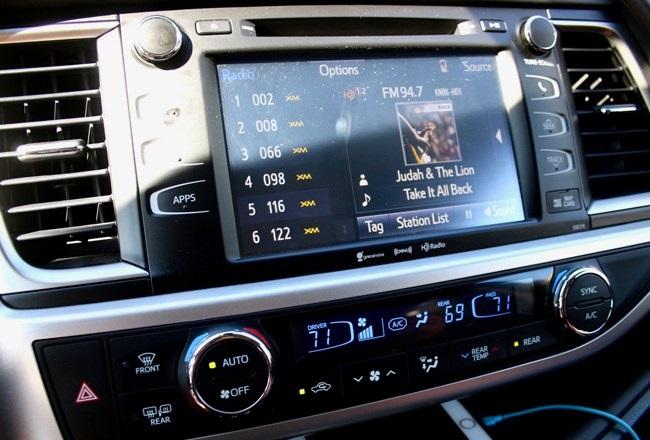 Hybrid Radio codice delle comunicazioni elettroniche - Radio, Tv, Tlc. Hybrid Radio FM/AM/DAB/IP nel nuovo Codice delle Comunicazioni elettroniche approvato dal Parlamento UE. Target refarming per 5G. Vincoli per gli OTT a favore dei consumatori