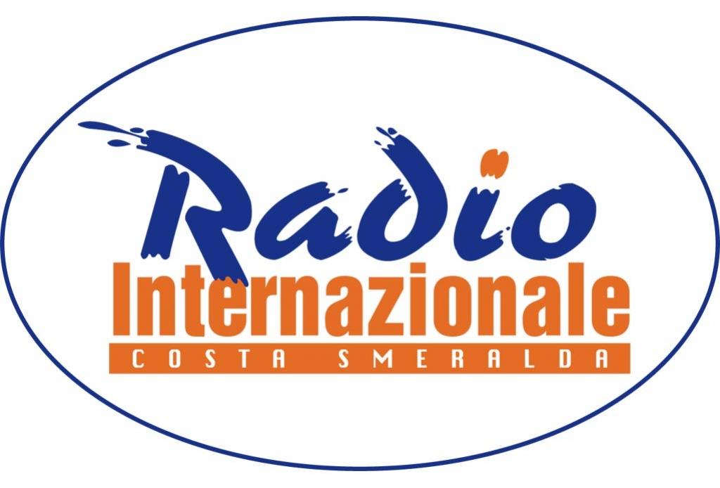 Radio Internazionale Costa Smeralda - Radio locali. Sardegna: Radio Internazionale Costa Smeralda compie 40 anni e ricorda le emittenti del passato con una sua trasmissione 'dedicata'