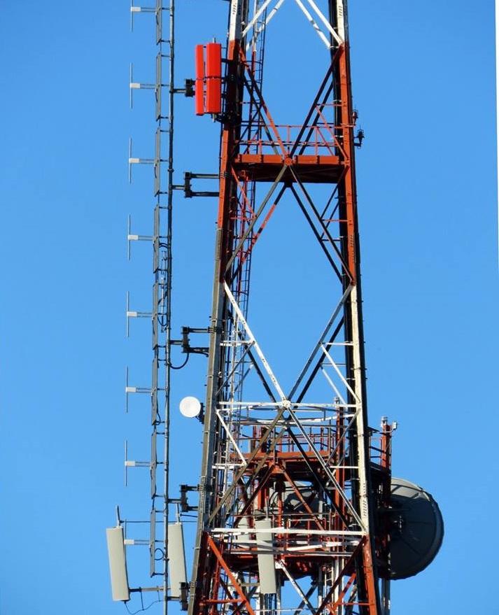 foto antenne fm uhf e telefonia - Radio e Tv. Ecco il testo dei commi della legge di Bilancio 2019 (AC 1334-B) che disciplinano il refarming dello spettro radioelettrico per far posto al 5G