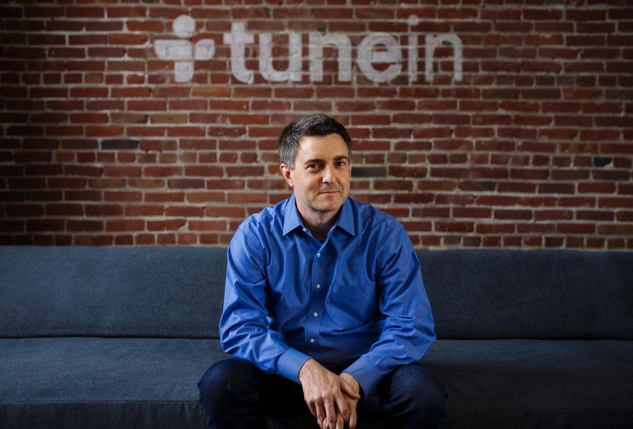 John Donham TuneIn - Radio 4.0. Altro che scendere da Tune In: il principale aggregatore indipendente di flussi streaming del mondo chiude un 2018 da record con +31% su base annua. Mezzo miliardo di ore di ascolto solo a dicembre