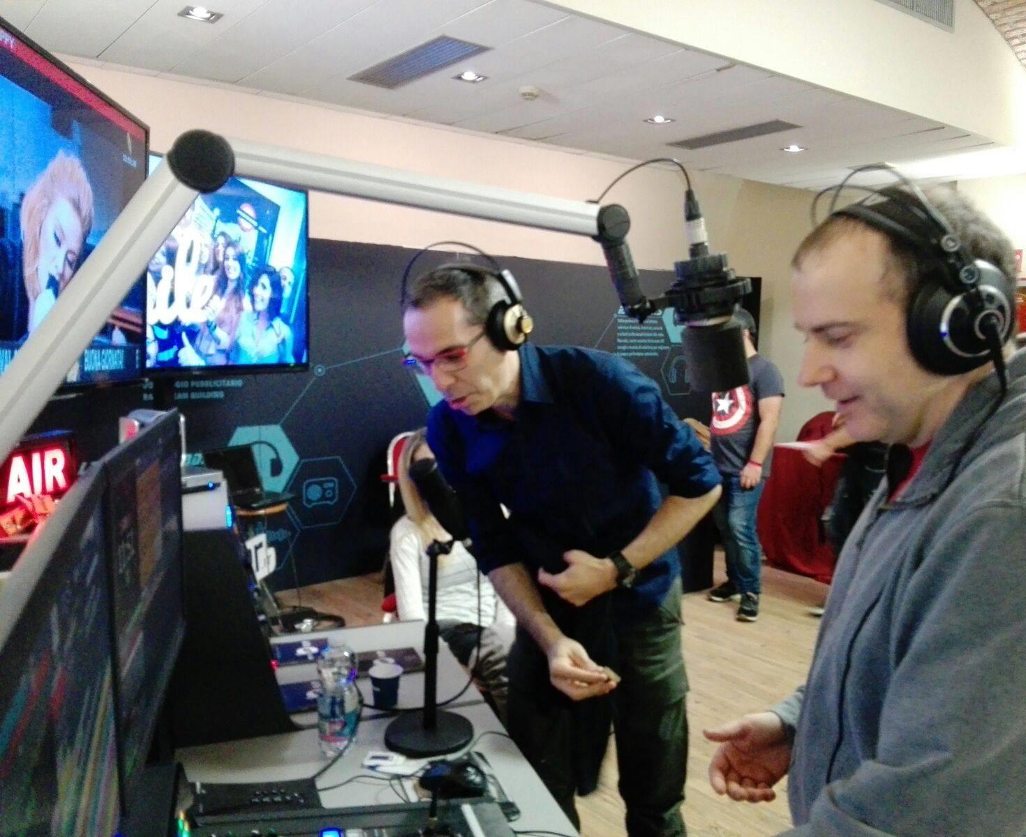 Marco Lolli - Radio. Lolliradio, il primo brand bouquet indipendente affida la commercializzazione del digital audio a Teamradio. L'IP Radio diventa adulta anche da noi
