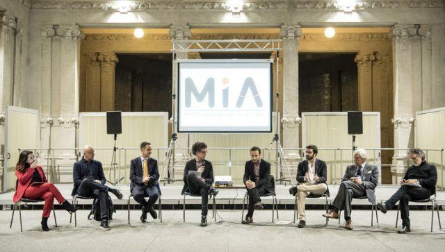 Morelli, Mia