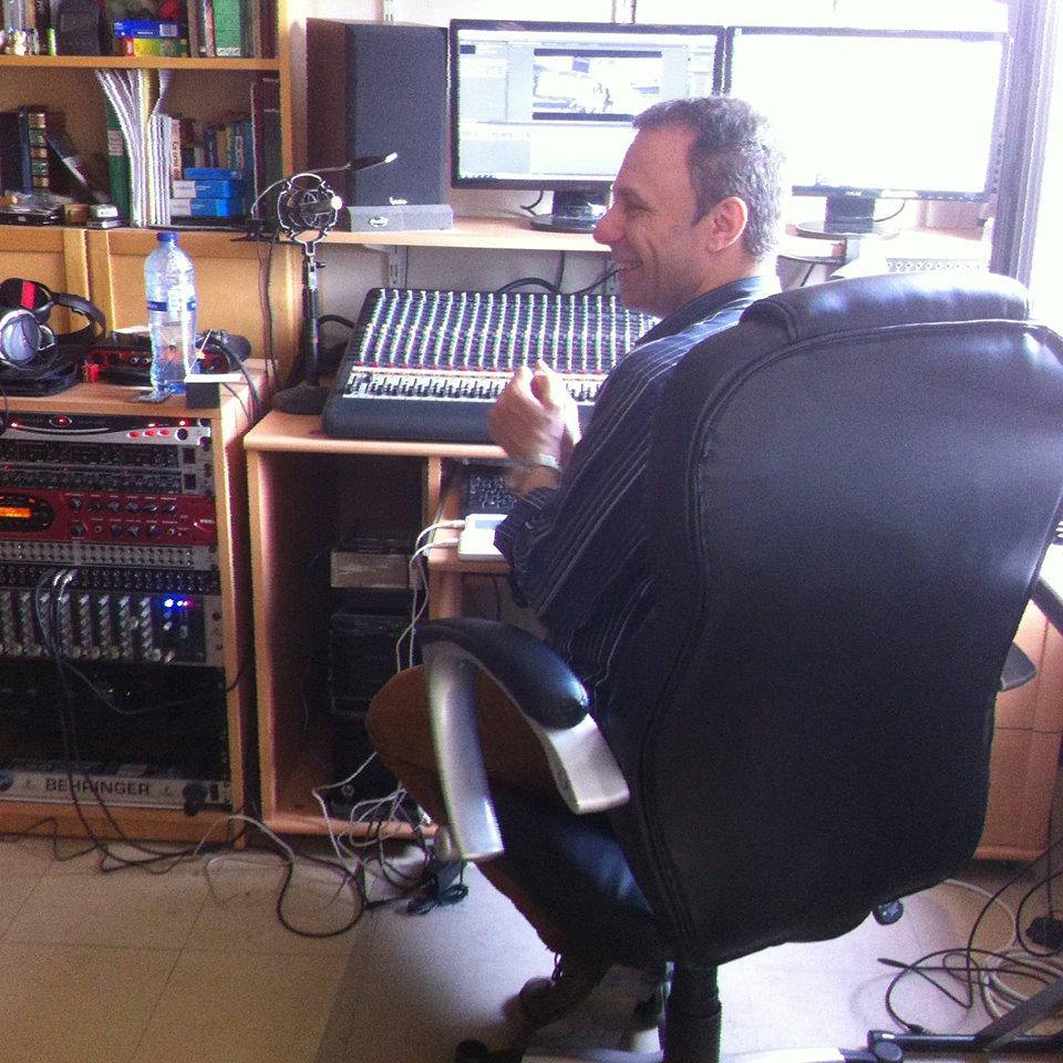 Tormy Van Cool - Radio 4.0. L'uscita di BBC da TuneIn UK per le radio live scatena un dibattito tra gli operatori. BBC pero' precisa: fuori da TuneIn solo in presenza di piattaforme alternative, free e semplici da impiegare