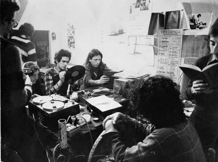 """Radio Alice - Radio. Novita' romane: molla l'FM la storica Radio Citta' Futura, che passa a Globo. RDS punta invece sull'IP per lanciare una visual radio """"giovane"""""""