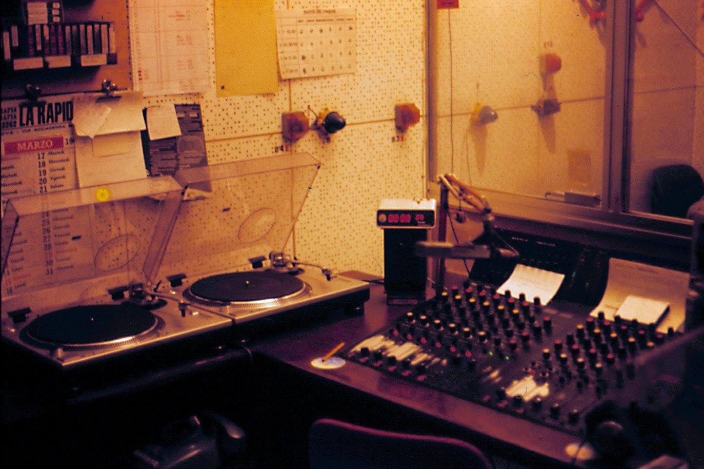 radio mantova - Radio locali. Radio Mantova sta per tornare: dalla frequenza di Radio Virgilio rinasce (per la seconda volta) lo storico marchio lombardo in Fm