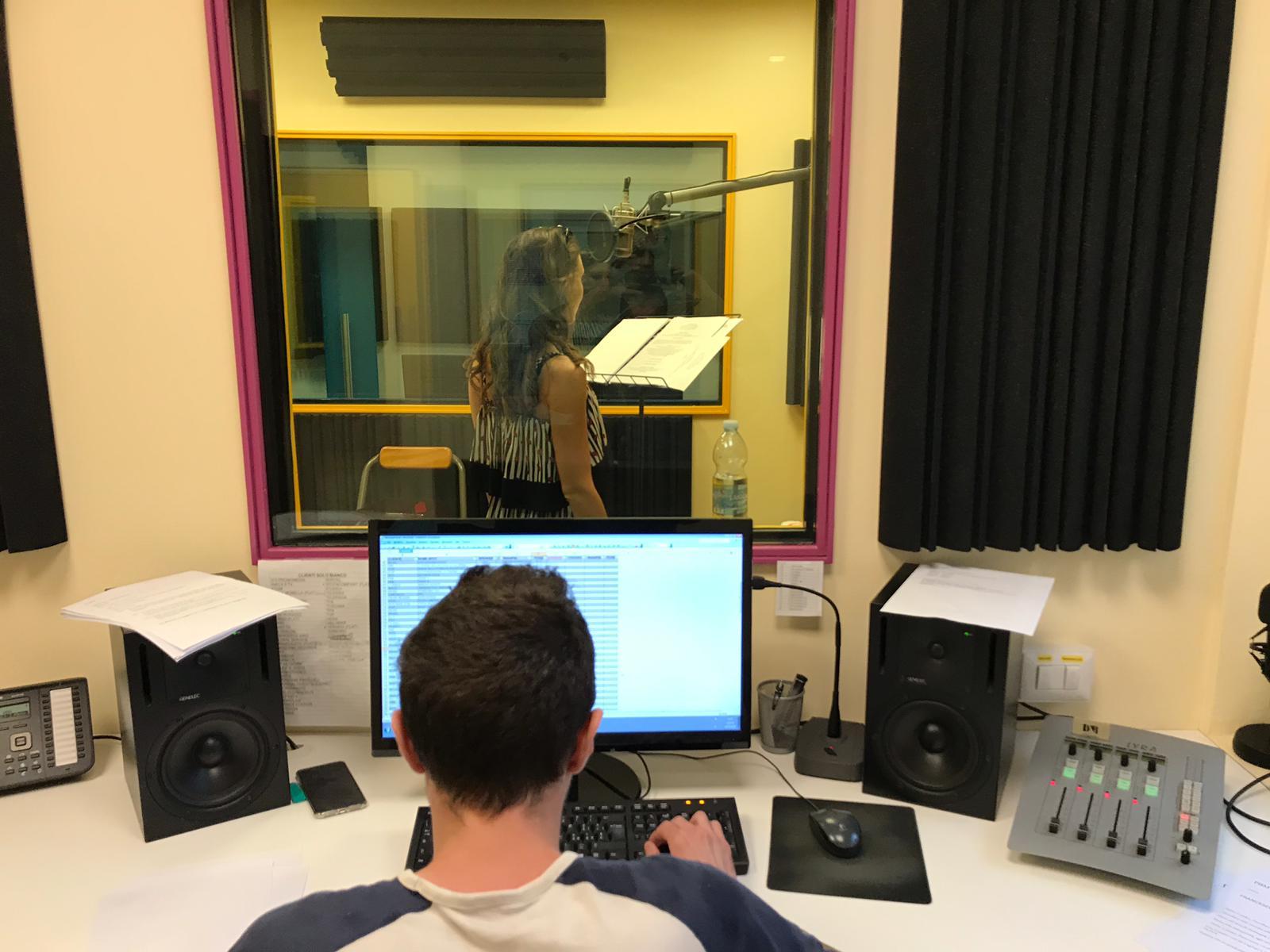 ELITE Studio Produzione Audio - Radio Tv 4.0. La visual radio DTT crea indotto: gli studi di produzione ne prendono atto e nascono servizi ad hoc. Ma c'e' bisogno anche di nuove figure professionali