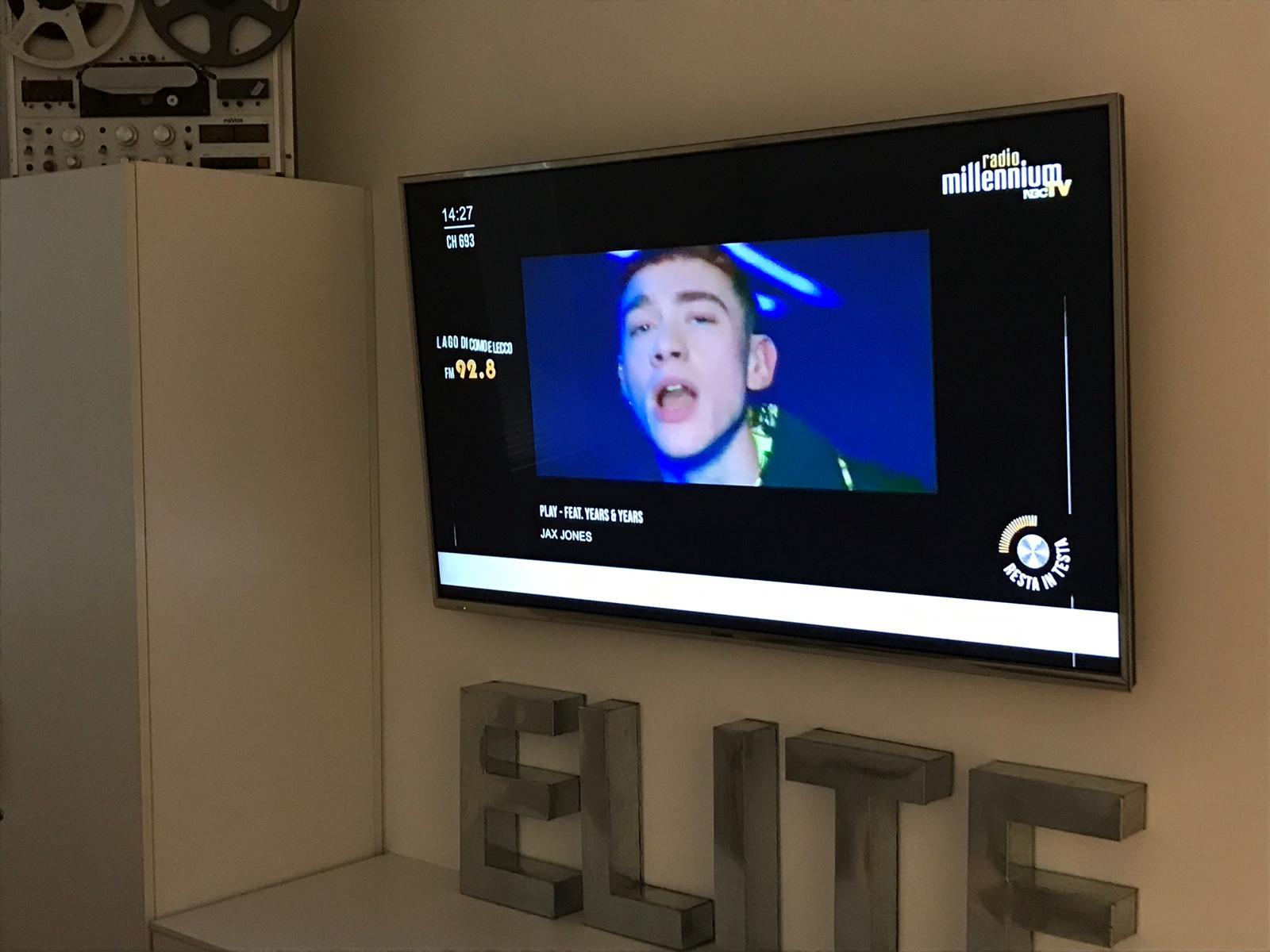 Radio Millennium Tv 693 televisore - Radio Tv 4.0. La visual radio DTT crea indotto: gli studi di produzione ne prendono atto e nascono servizi ad hoc. Ma c'e' bisogno anche di nuove figure professionali