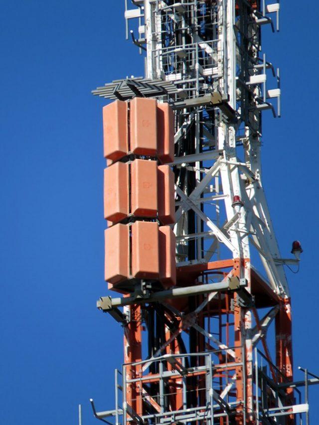 51 e 53 UHF