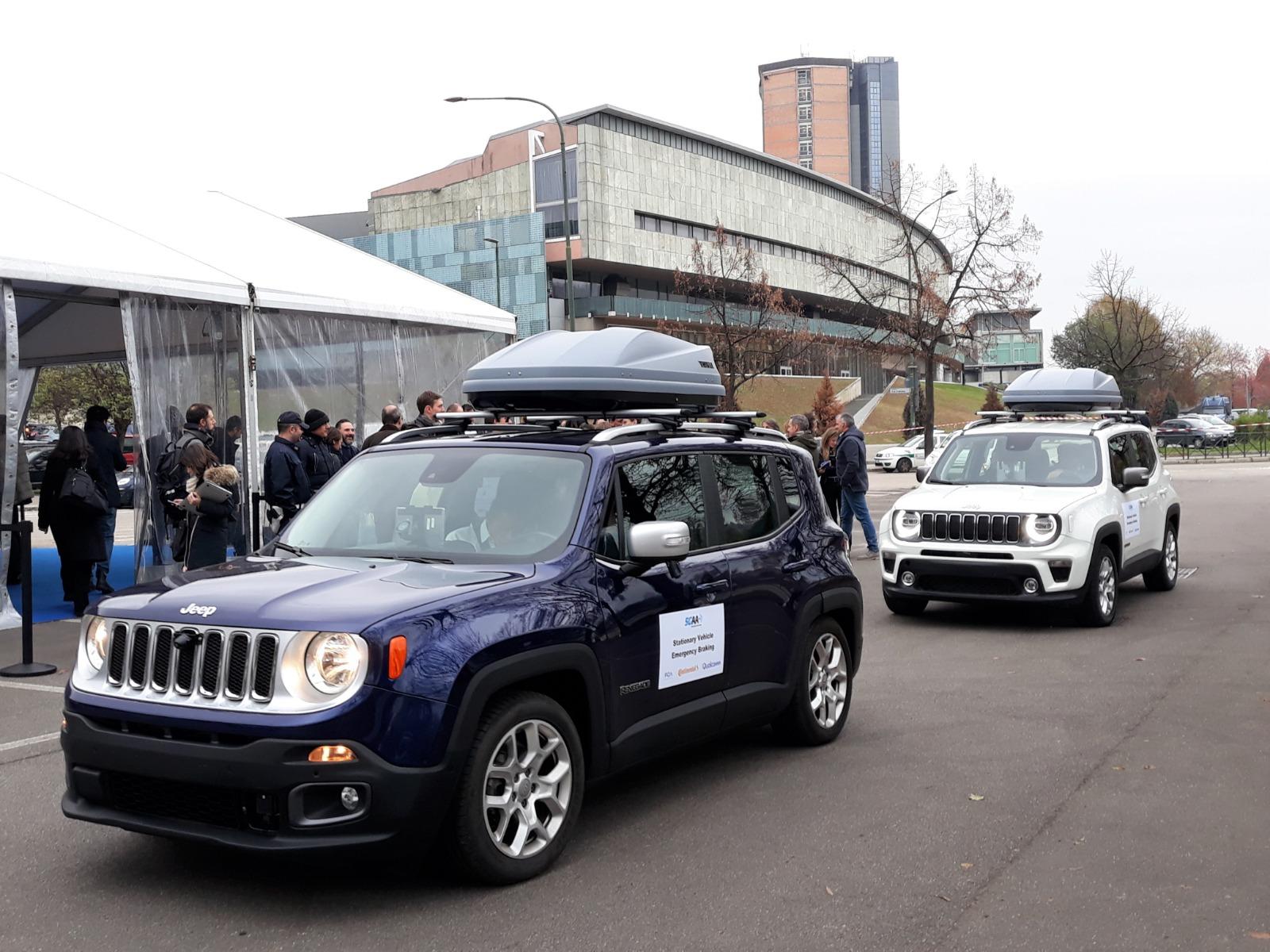 FCA 5G 3 - Tecnologia. Connected car. FCA: auto hub di servizi integrati come smartphone. 5G può rendere auto più intelligenti e sicure