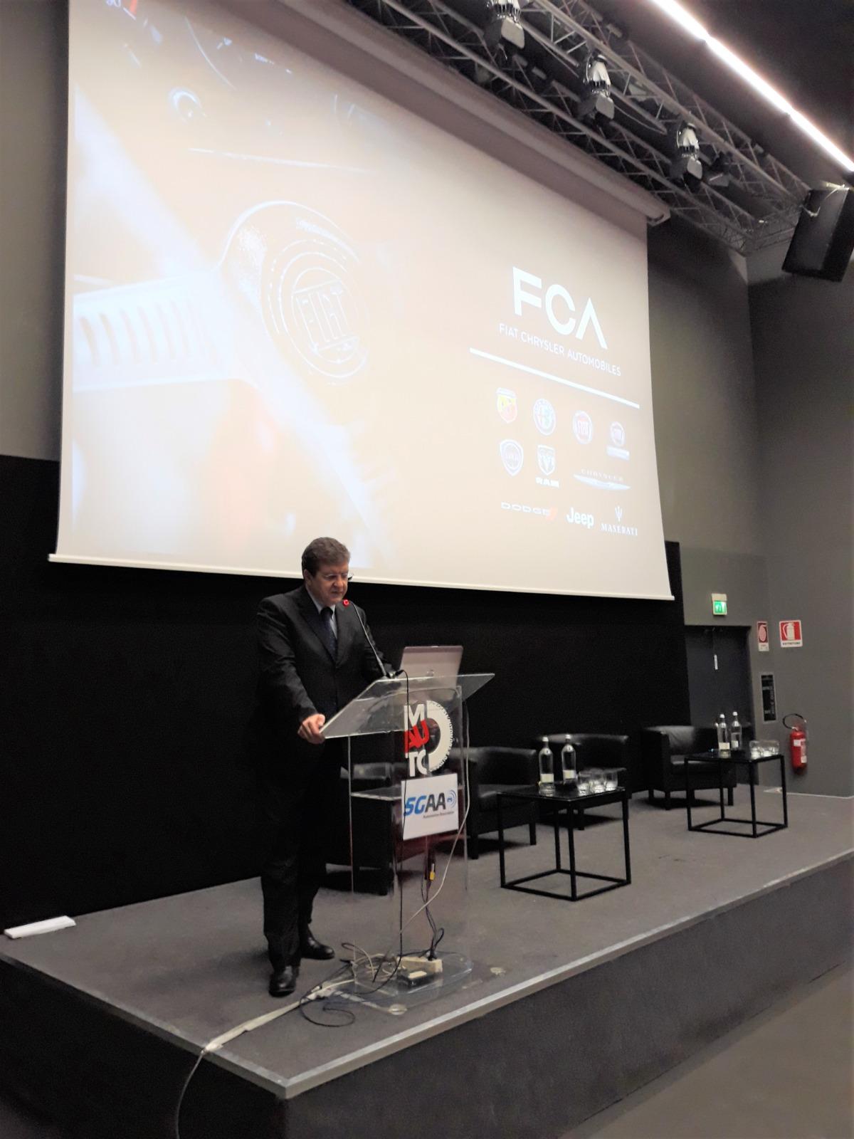 FCA 5G 5 - Tecnologia. Connected car. FCA: auto hub di servizi integrati come smartphone. 5G può rendere auto più intelligenti e sicure