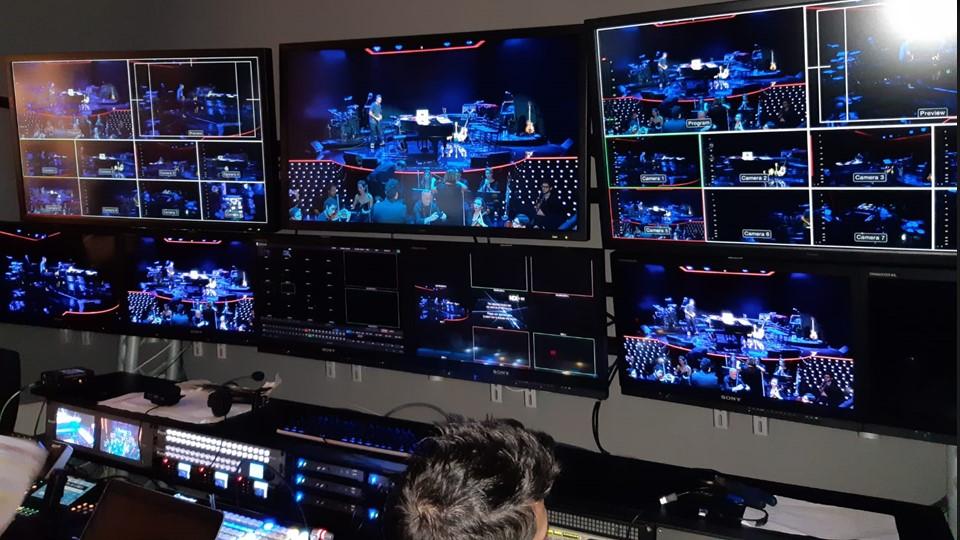 RAI Roberto Sergio Regia audio video - Radio 4.0. Roberto Sergio: partiamo con Radio 2, ma presto tutte le emittenti RAI saranno visual. Puntiamo ai locali pubblici, dove dominano Sky, RTL e RDS. Faremo offerte ad hoc ai gestori