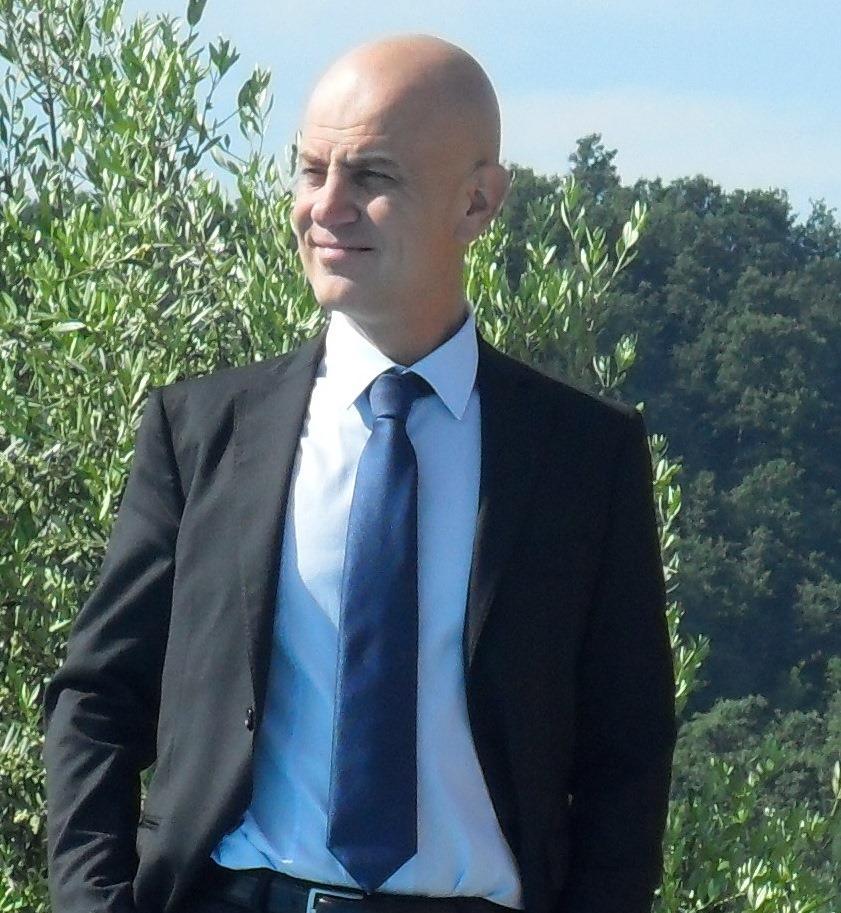Massimo 080613 - Avv. Massimo Lualdi, direttore di Newslinet. Curriculum vitae