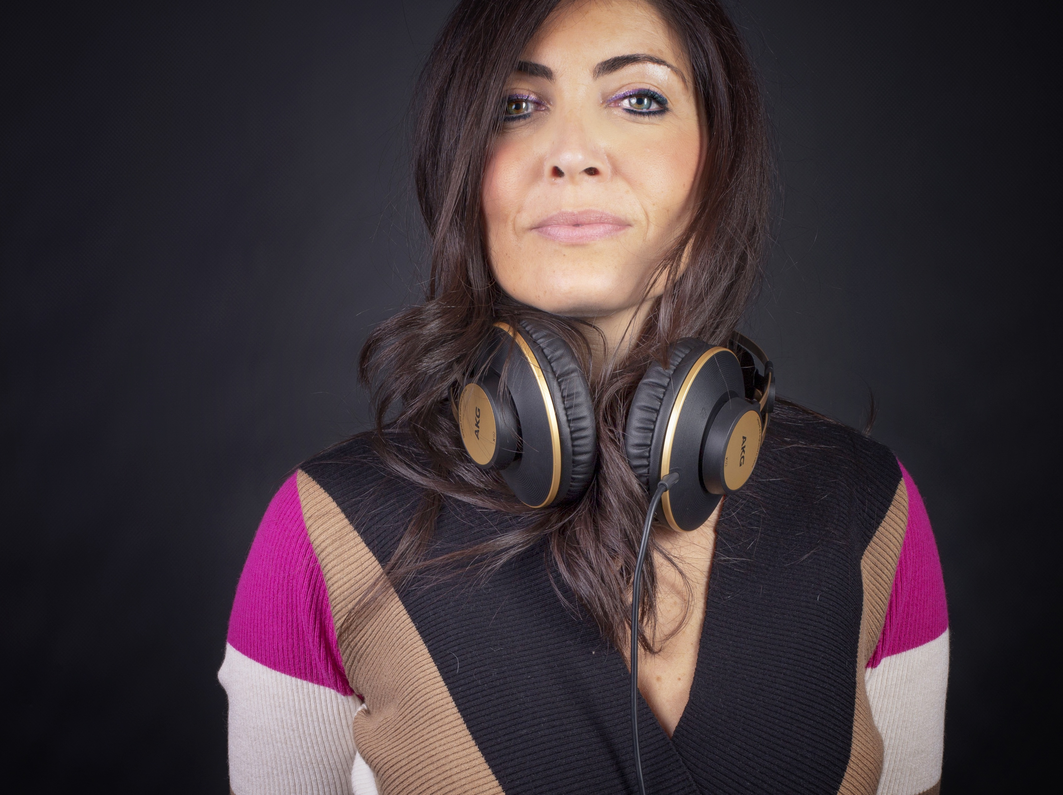 Laura Badiini 1 - Radio. Tanti gli errori commessi nella interazione sul web. Da siti vecchi a immagini inflazionate, da social mal utilizzati a zero budget promozione