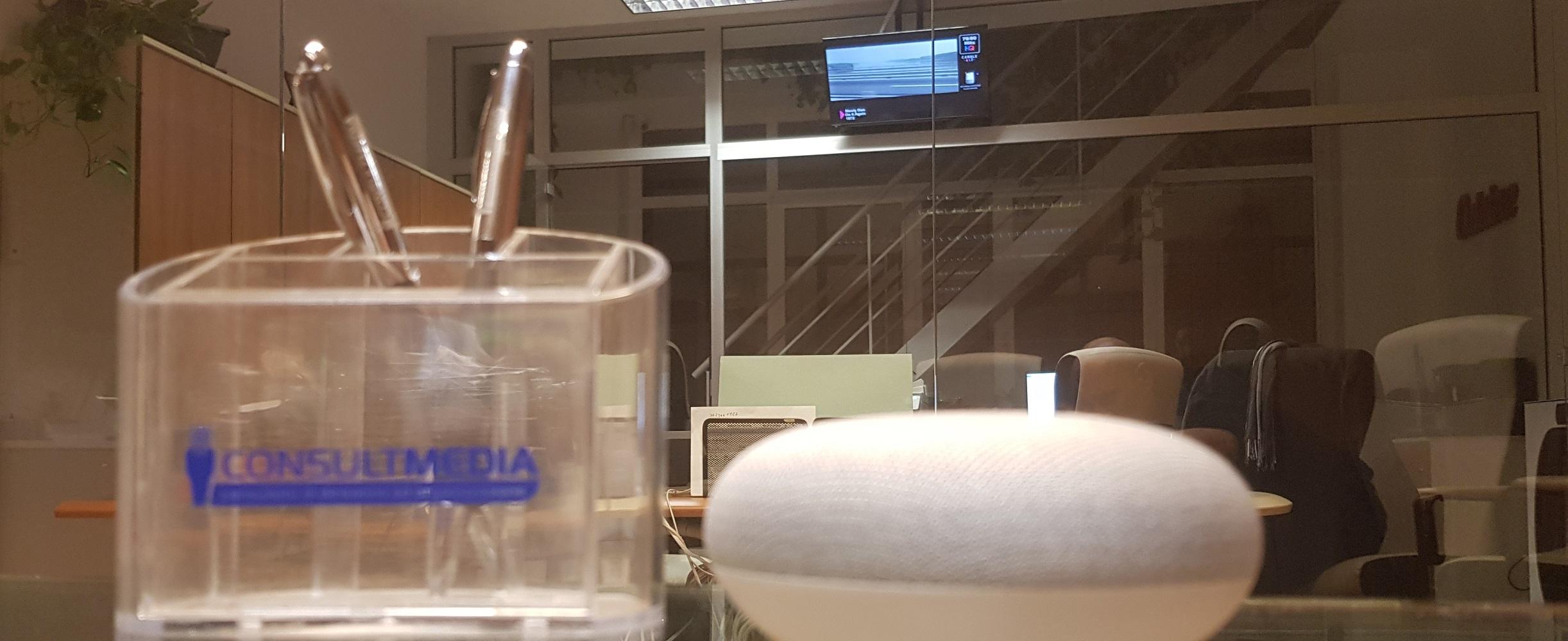Consultmedia Google uffici digital 2 - Radio. Riunione Mise: tutti contro lo switch-off della FM, anche se nessun editore si fa illusioni sul futuro della diffusione analogica
