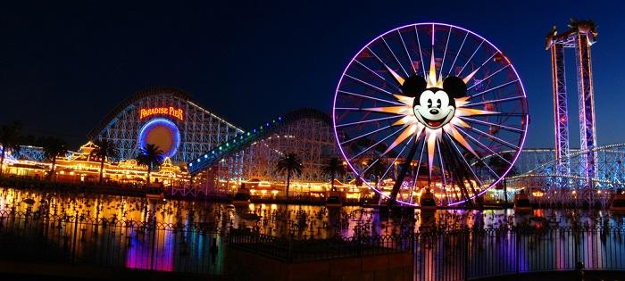 Disney Disneyland Park California - Svod. Piattaforme streaming video on demand non conoscono crisi: Disney+ arriva ai 100 mln di abbonati. Discovery+ galoppa in Italia e UK