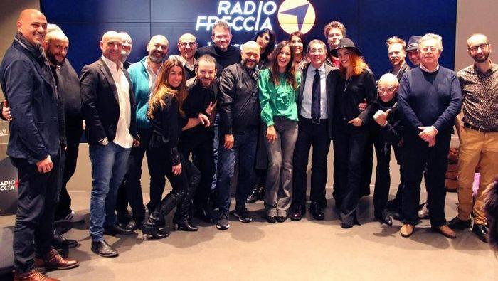 Lorenzo Suraci Radio Freccia - Radio. Lorenzo Suraci (RTL) in esclusiva su NL con una serie di interventi su passato, presente e futuro. 1°: quando hanno provato a fermarci
