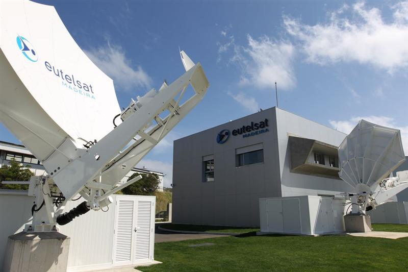 etl3 - TLC & Web. Eutelsat punta ai servizi IP di nuova generazione entrando nel capitale di OneWeb. Ma Starlink di Elon Musk sembra irraggiungibile