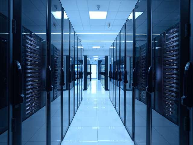 Aruba Server low - Web. Cloud sovrano europeo: Italia prende posizione grazie a Colao. Aruba, uno degli attori, spiega a NL l'impegno in GAIA-X