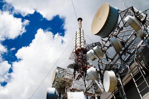 Nanos RSGP antenne - Radio e Tv. RSGP: coordinamento FM tra Italia, Slovenia e Croazia attraverso passaggio DAB+ di alcune stazioni. Ma gli sloveni non ci credono