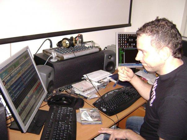 Marco Lolli nascita LolliRadio Italia 280807 - Radio. Marco Lolli: Alberto Hazan mi propose di essere soci al 50% in Lolliradio. Ecco cosa successe