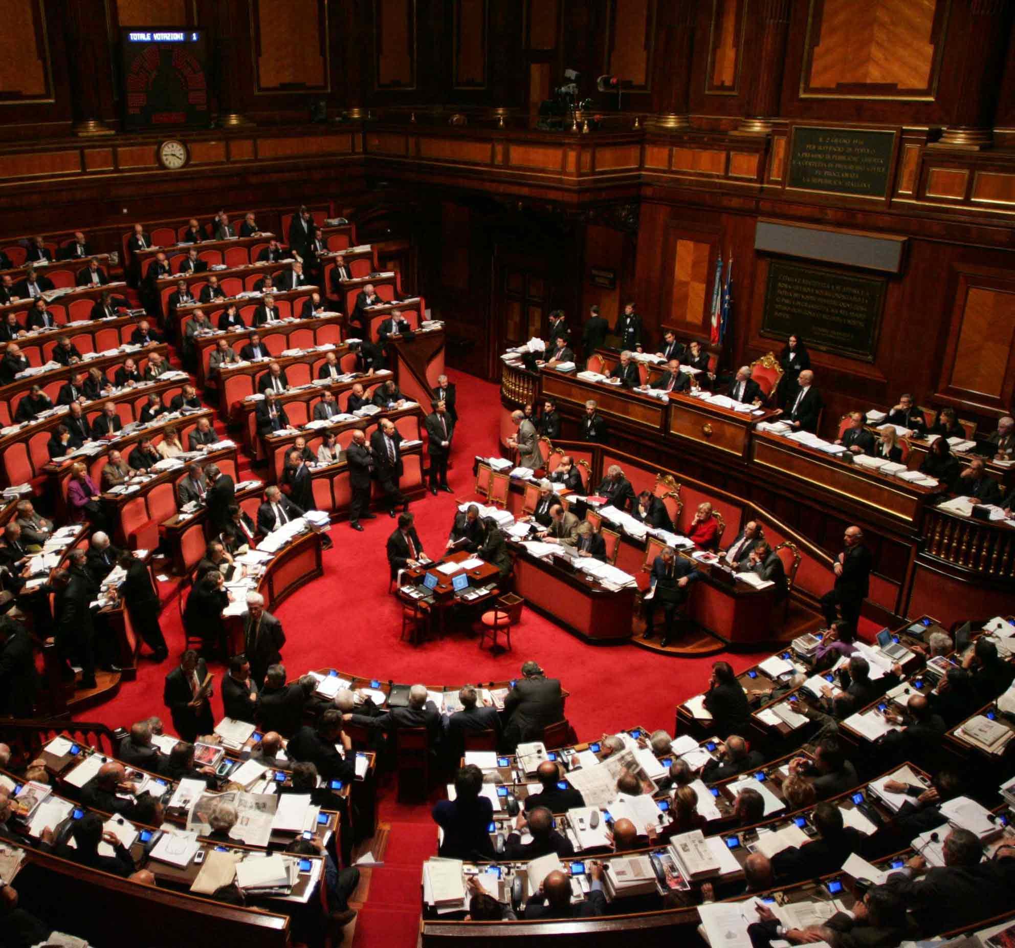 senato - Media. Il Senato approva la legge di delegazione europea 2019-2020: l'Italia recepirà la direttiva europea sul Copyright